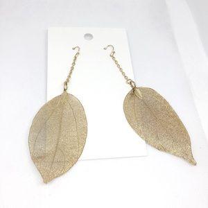 NWT H&M gold leaves earrings
